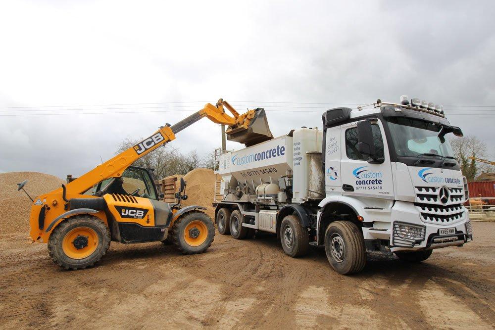 Concrete delivery in Leighton Buzzard