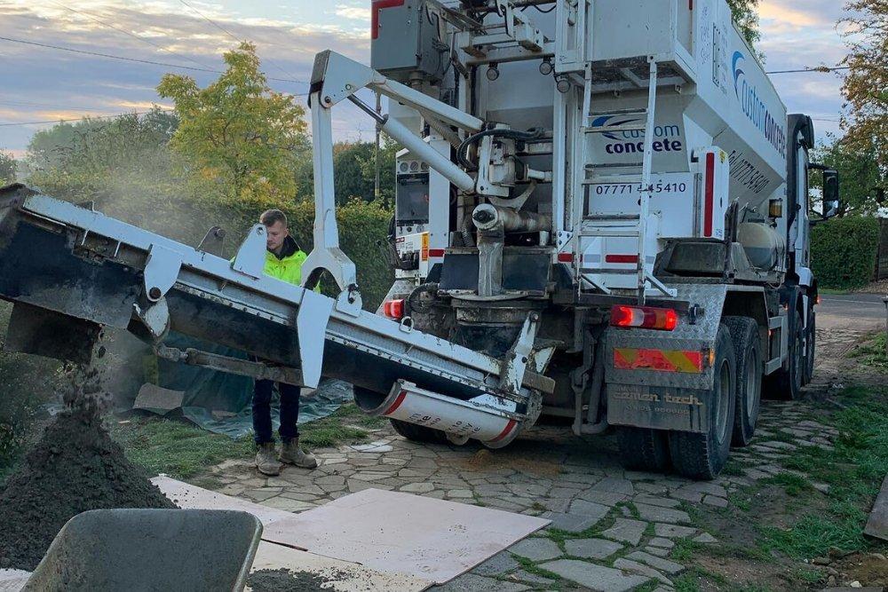 concrete delivery milton keynes